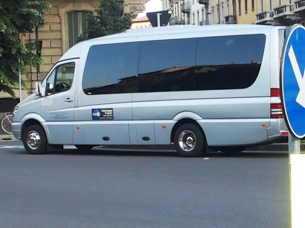 Prato - NCC Noleggio Van a Prato